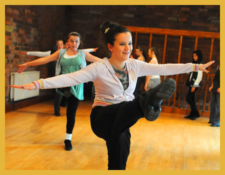 Stage 84 - The Yorkshire School of Performing Arts | Freestyle Dance